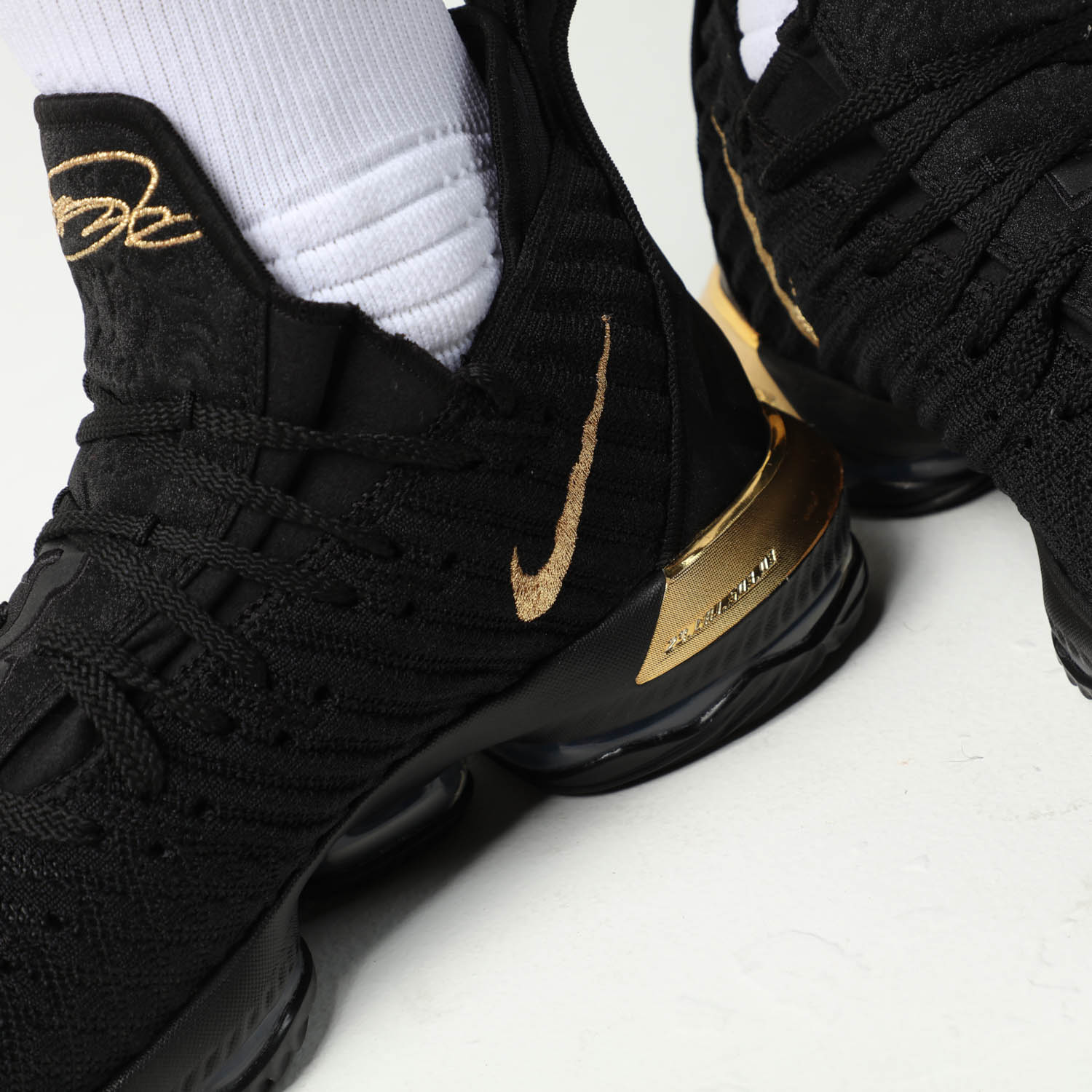 dc8b8f78de4e0 ... impact cushioning and instant responsiveness fit for a King. Designed  for one of the greatest to ever play the game, the LeBron XVI's are packed  with ...